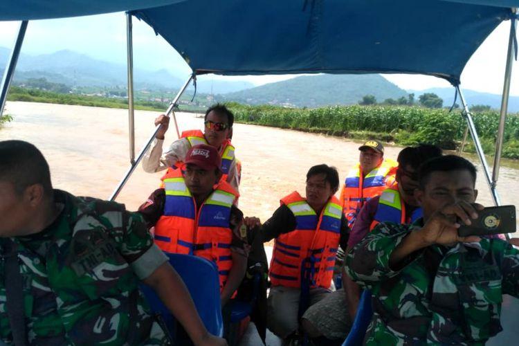 2 Hari Hilang, Nelayan Tewas Mengambang di Pantai Cipalawah Garut